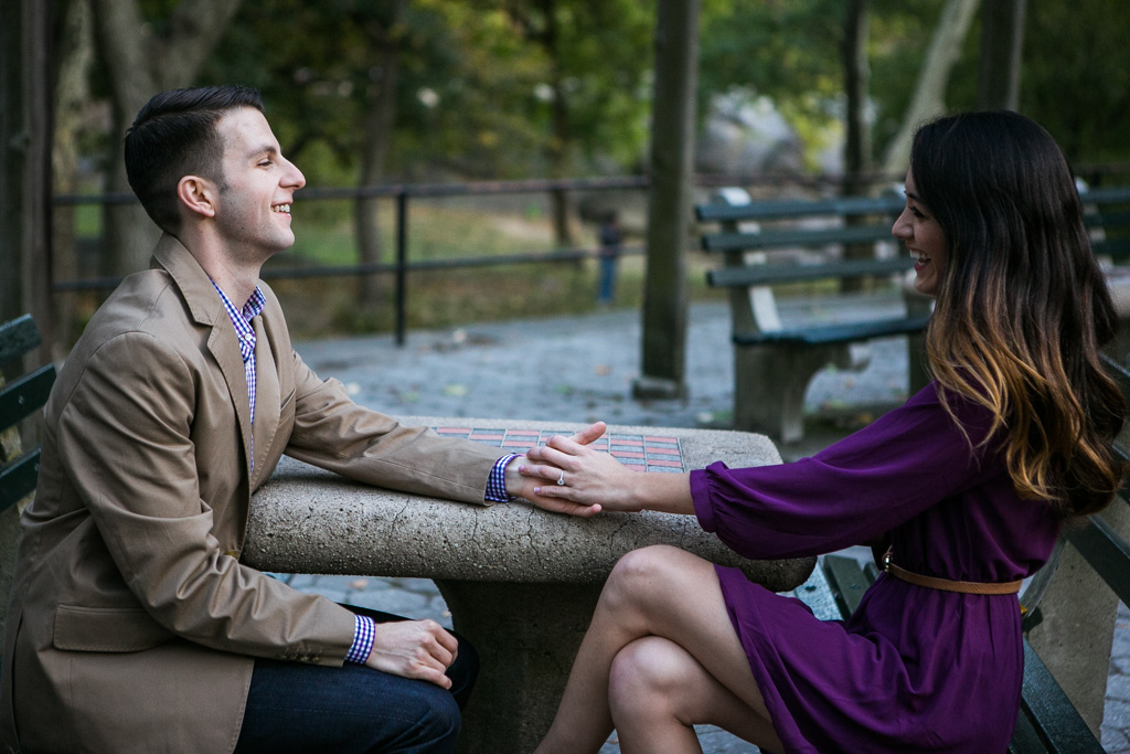 Photo 4 Proposal at the Gapstow Bridge in Central Park | VladLeto