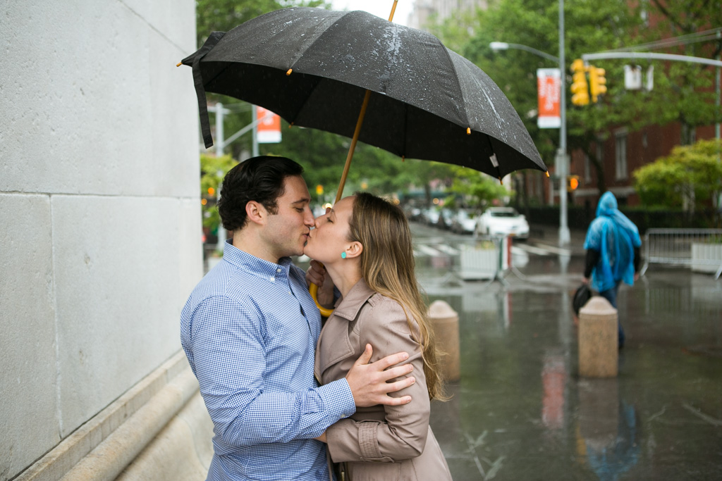 Photo 15 Rainy Washington Sq. Park Propose | VladLeto