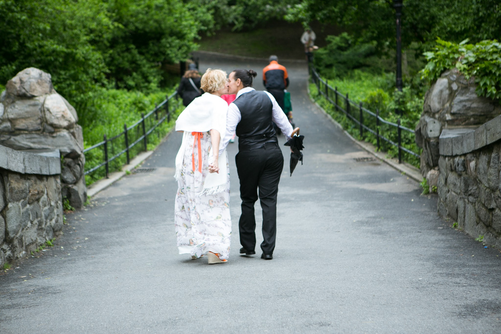 Photo 15 Central Park's Gapstow Bridge Wedding | VladLeto