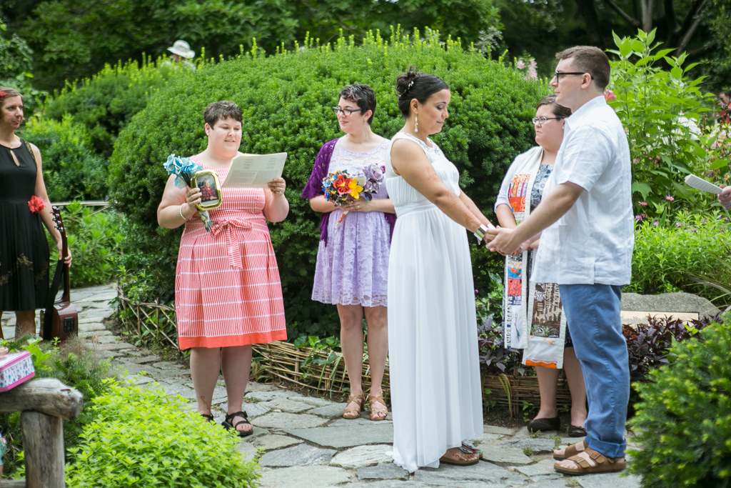 Photo 57 Shakespeare Garden wedding | VladLeto