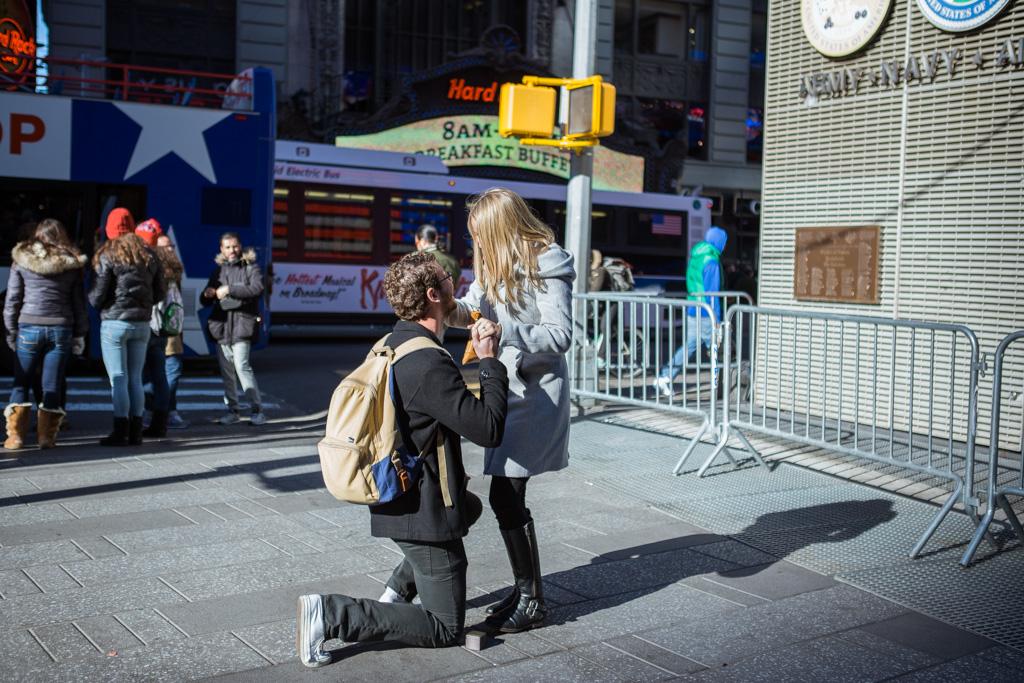 Photo 5 New York Times square secret proposal   VladLeto