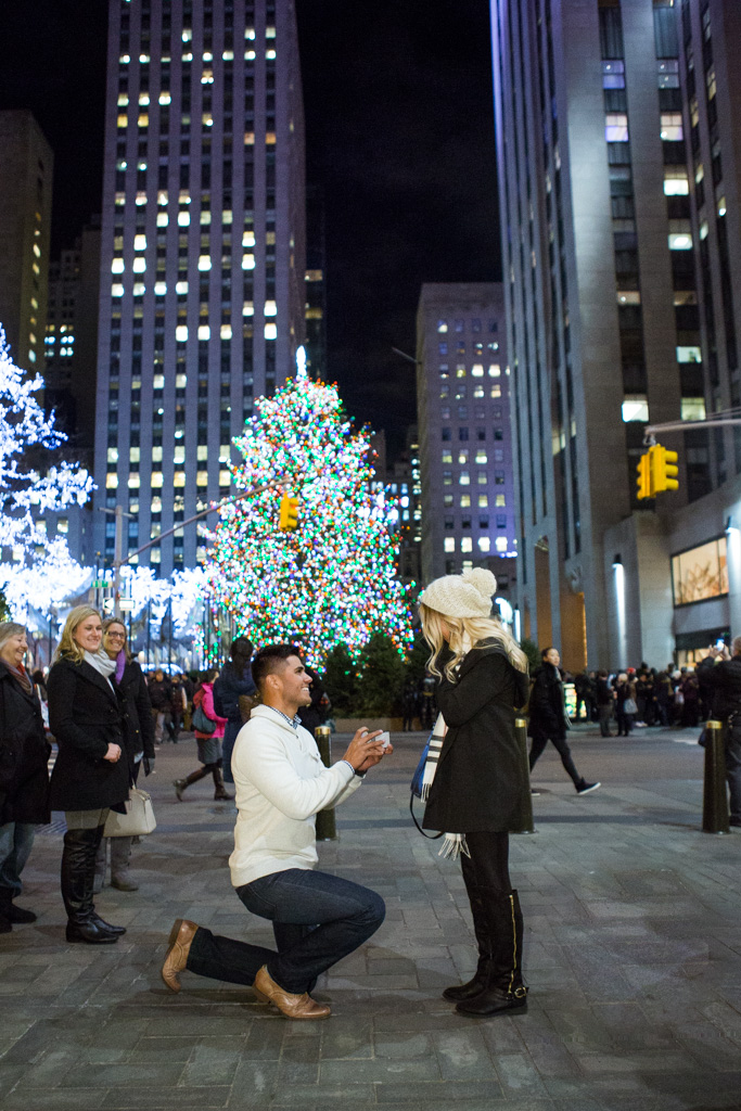 Photo 2 Holiday Season is the most popular time to propose in NYC | VladLeto