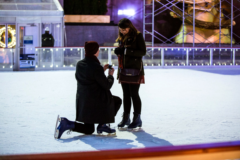 Photo 8 Holiday Season is the most popular time to propose in NYC | VladLeto