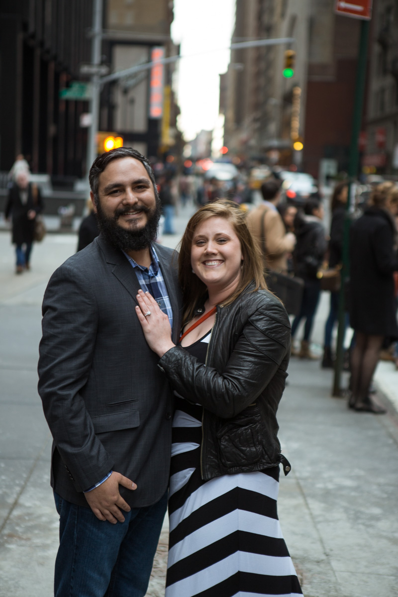 Photo 4 Surprise proposal by Love Sculpture in NYC. | VladLeto