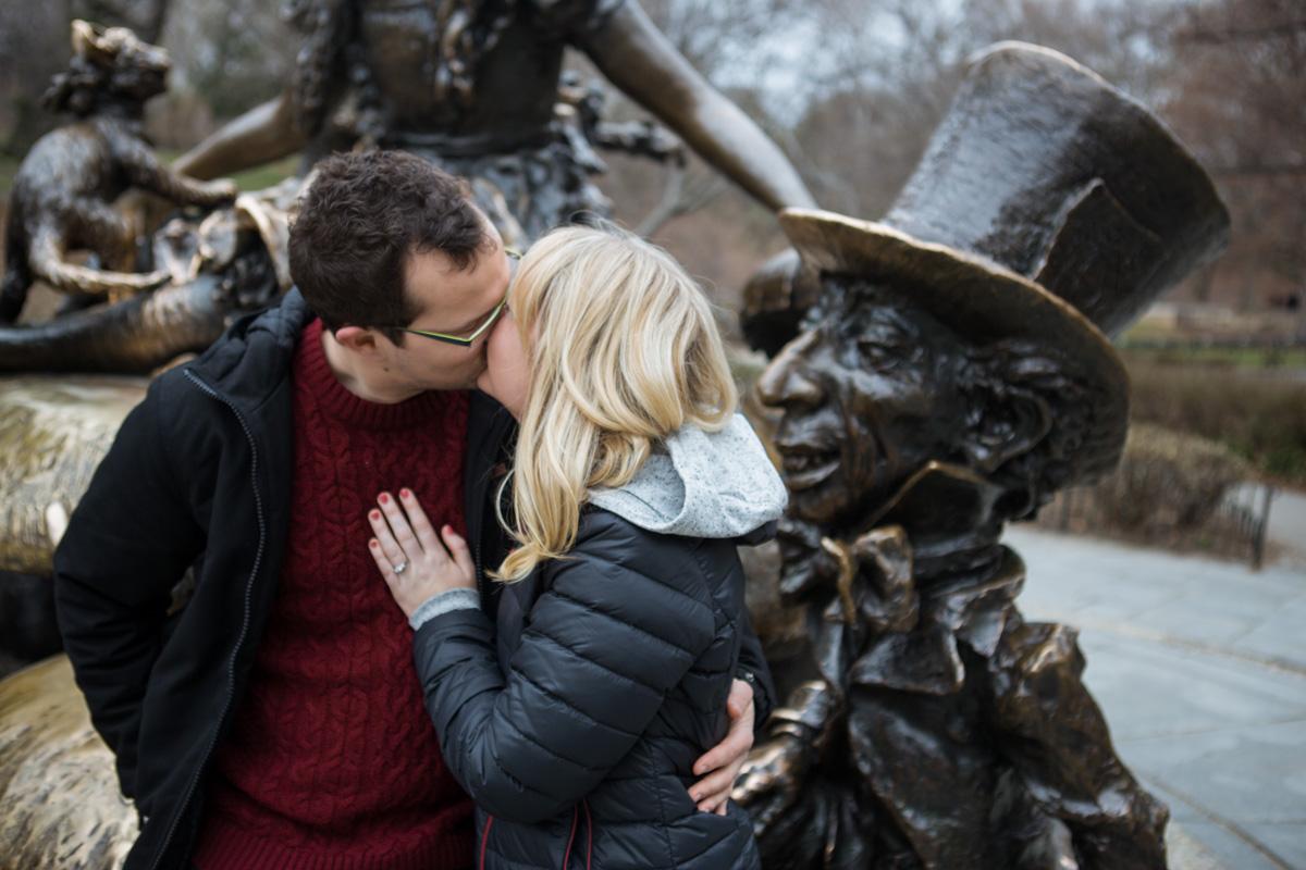 Photo 6 Surprise wedding proposal by Alice in Wonderland statue in Central Park. | VladLeto