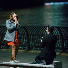 Photo Surprise Proposal by Brooklyn Bridge. | VladLeto
