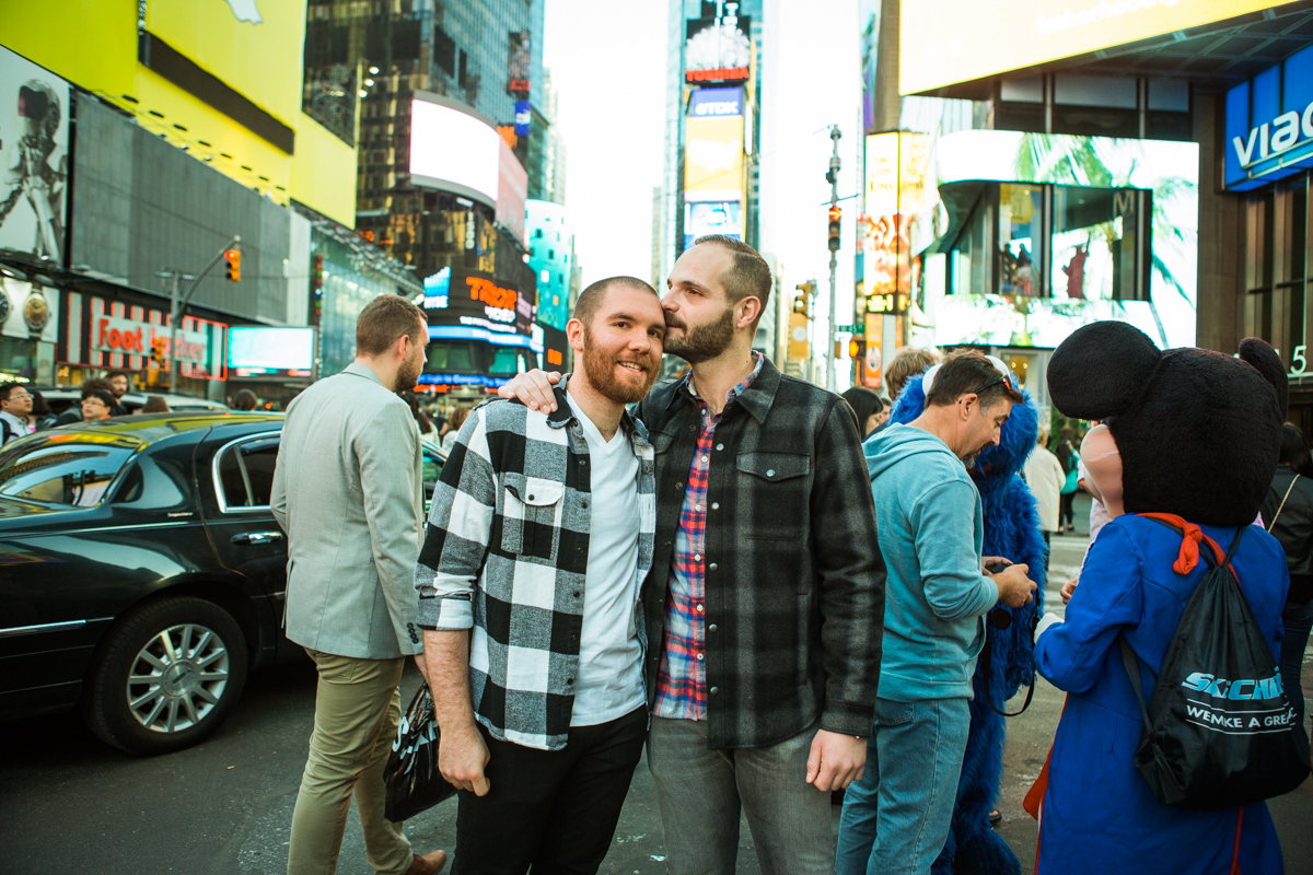 [Times Square Marriage Proposal]– photo[6]