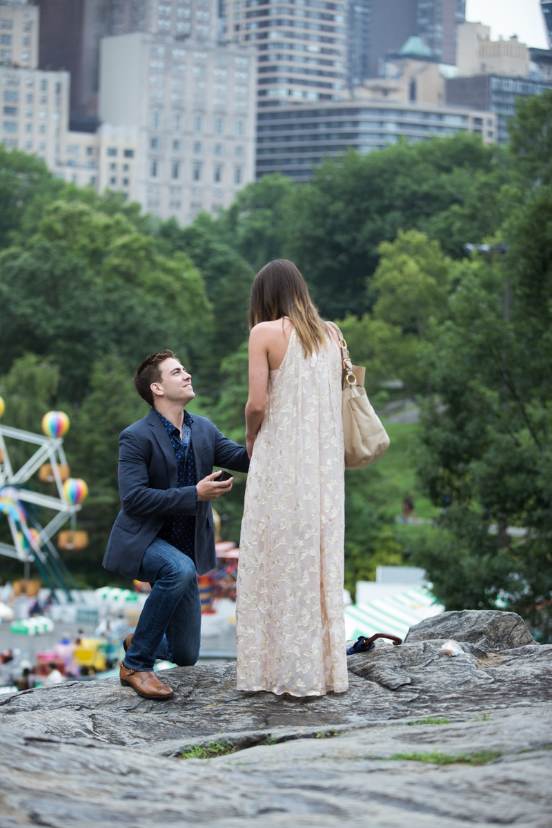 Photo 6 Marriage Proposal on the Rock in Central Park | VladLeto