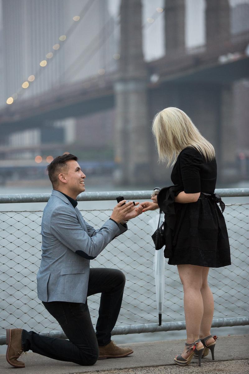 Photo marriage proposal by Brookyn Bridge   VladLeto