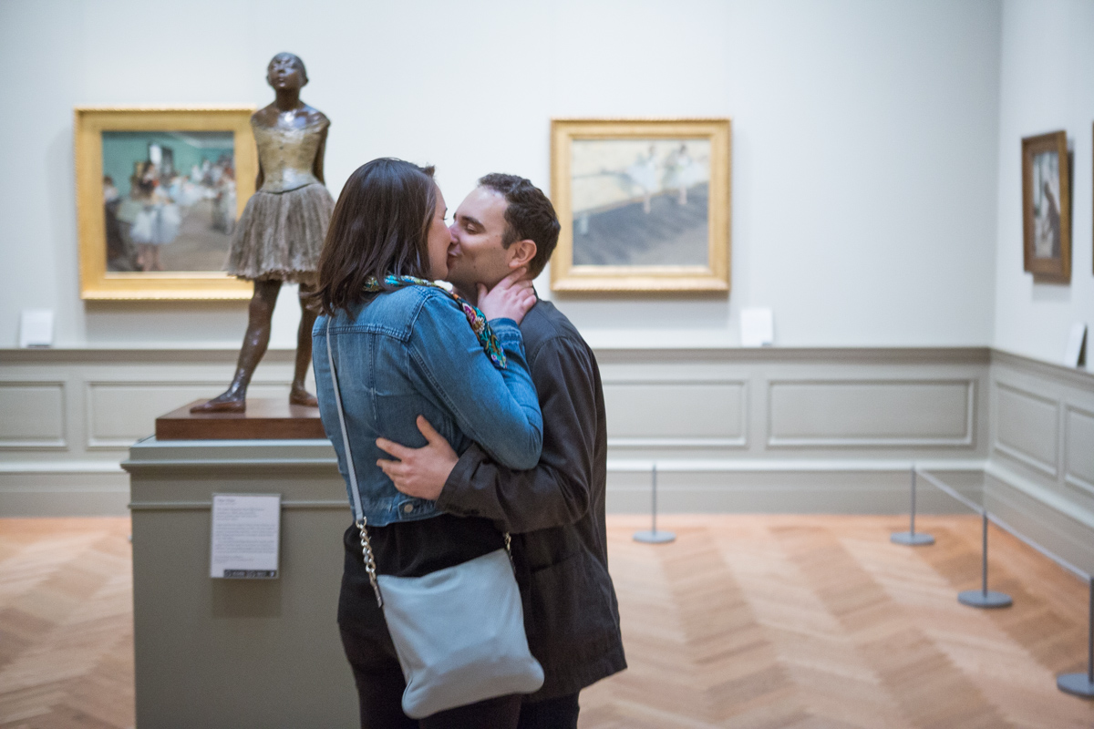 [Metropolitan Museum of Art marriage proposal]– photo[2]