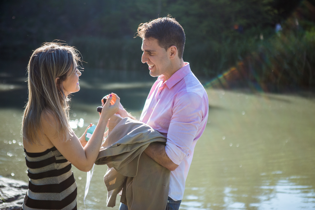 Photo 5 marriage proposal by Gapstow Bridge in Central Park | VladLeto