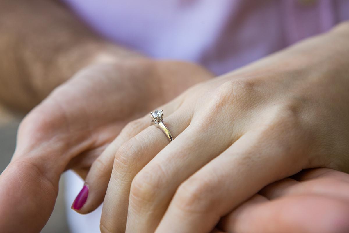 Photo 8 marriage proposal by Gapstow Bridge in Central Park | VladLeto