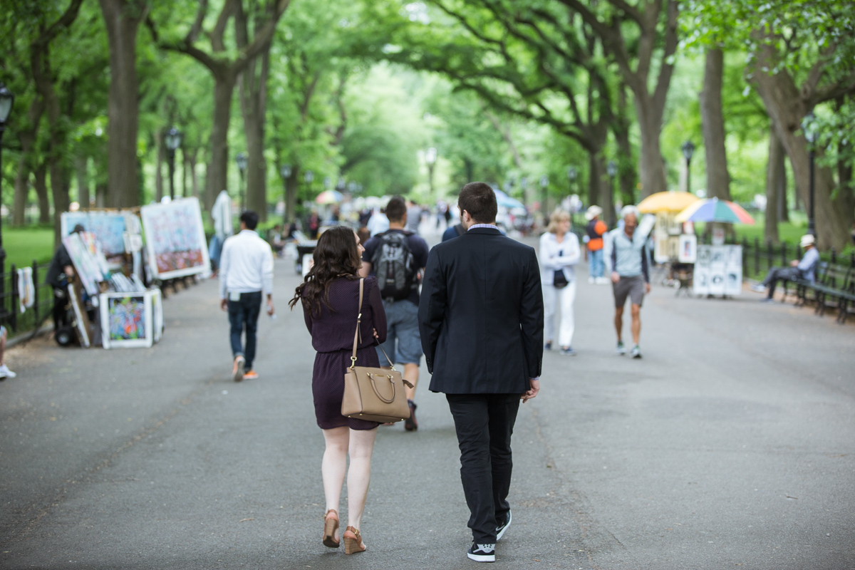 [Secret marriage proposal in The Mall, Central Park]– photo[1]