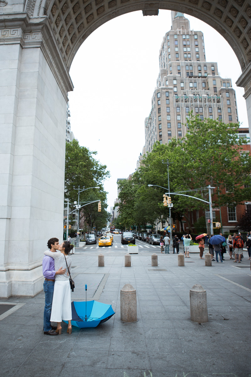 [Proposal in Washington Square Park ]– photo[3]
