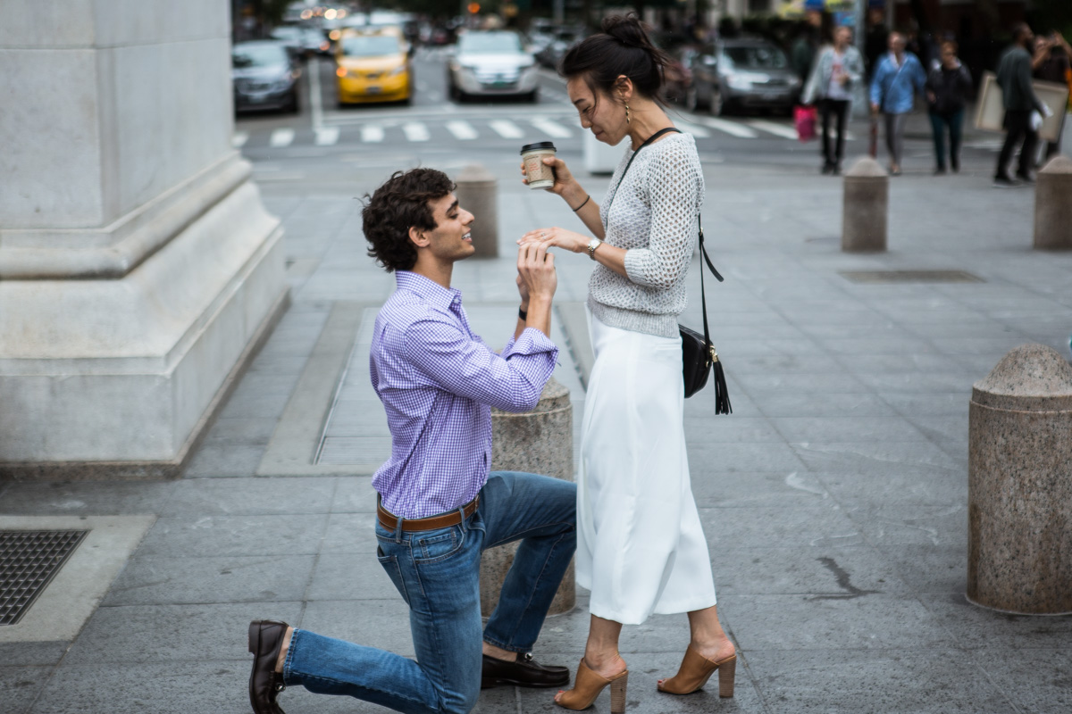[Proposal in Washington Square Park ]– photo[7]
