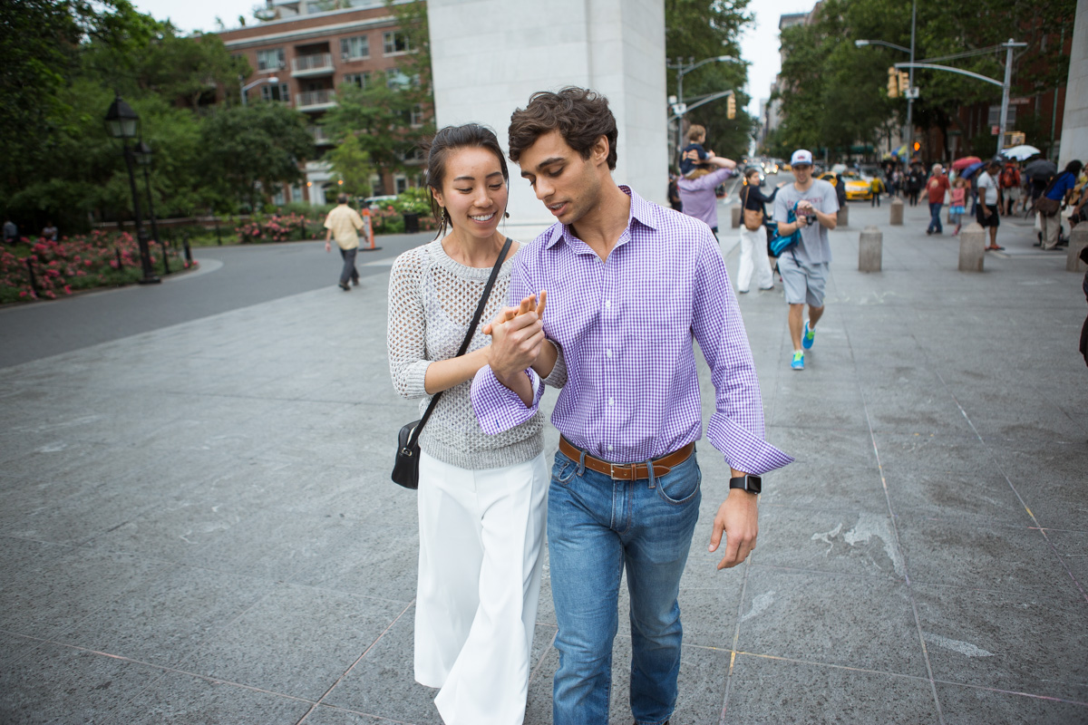 [Proposal in Washington Square Park ]– photo[9]