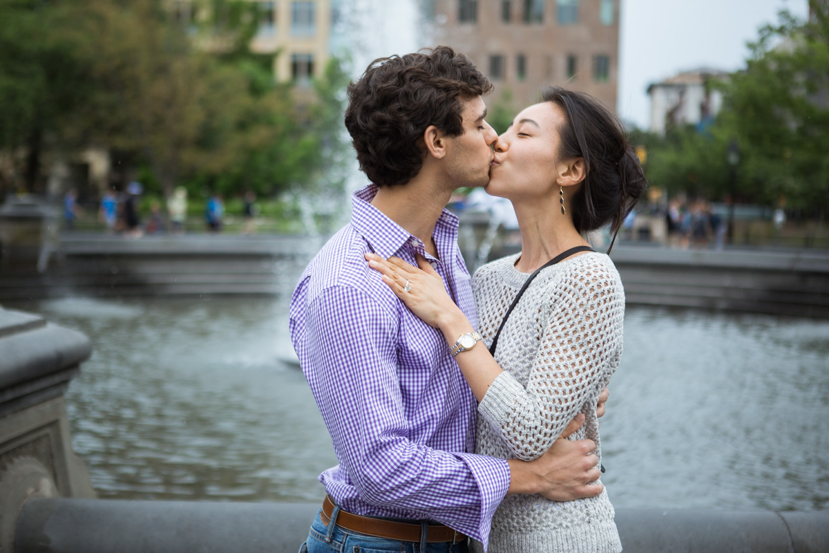 [Proposal in Washington Square Park ]– photo[12]