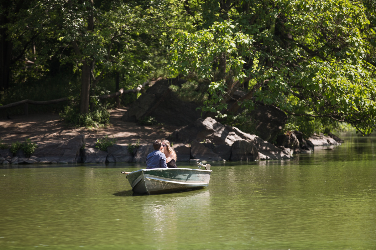 Photo 2 Central Park Marriage Proposal on a raw boat   VladLeto