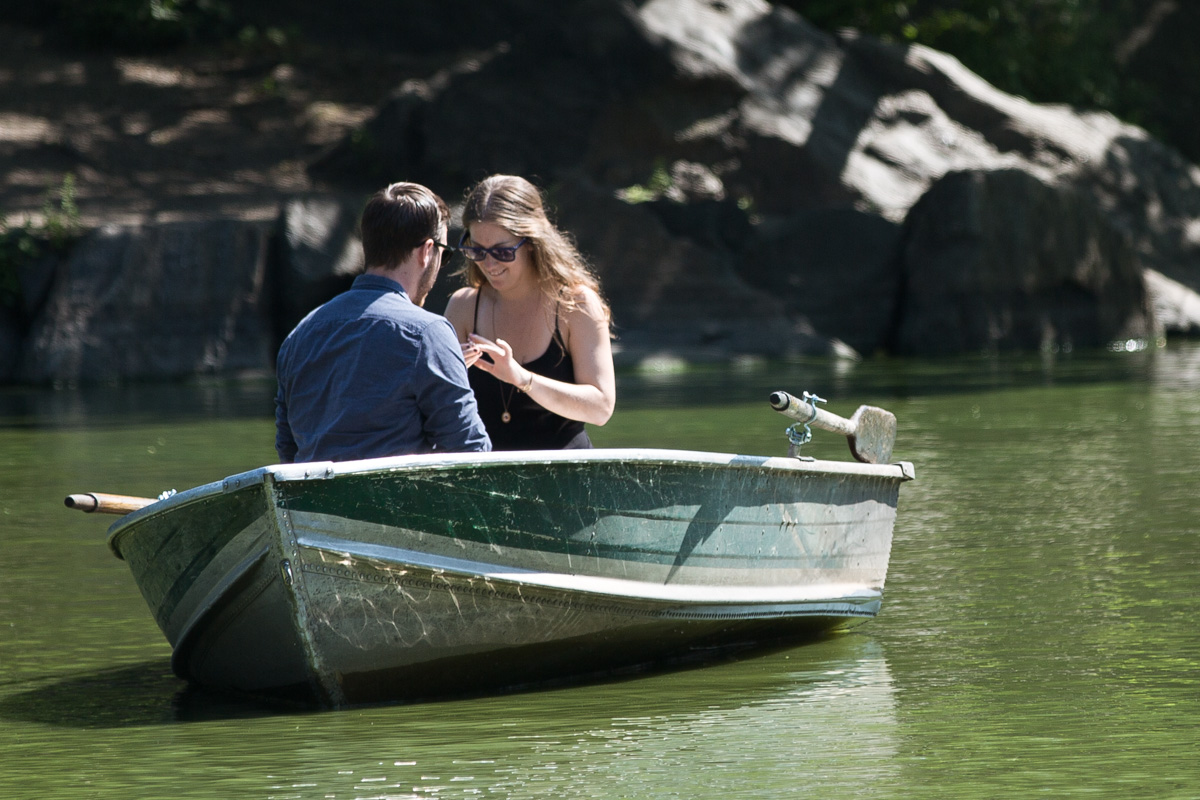 Photo 4 Central Park Marriage Proposal on a raw boat   VladLeto