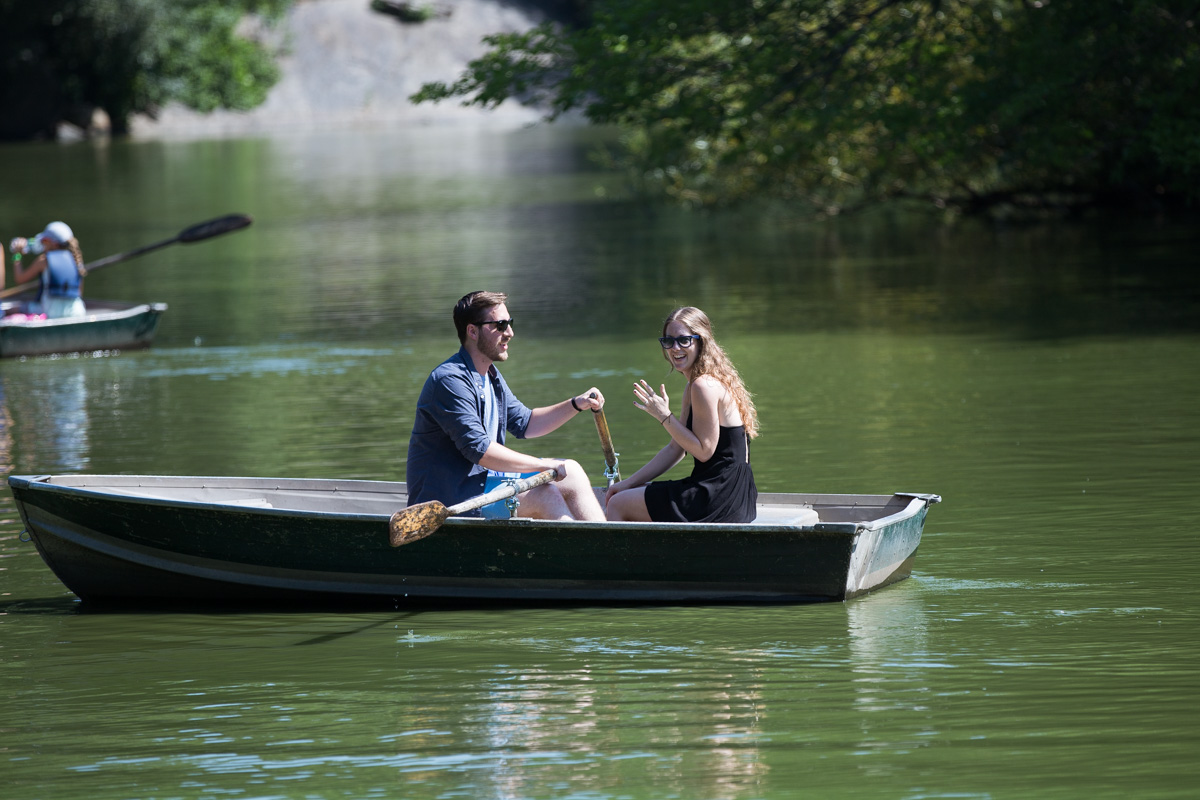 Photo 6 Central Park Marriage Proposal on a raw boat   VladLeto