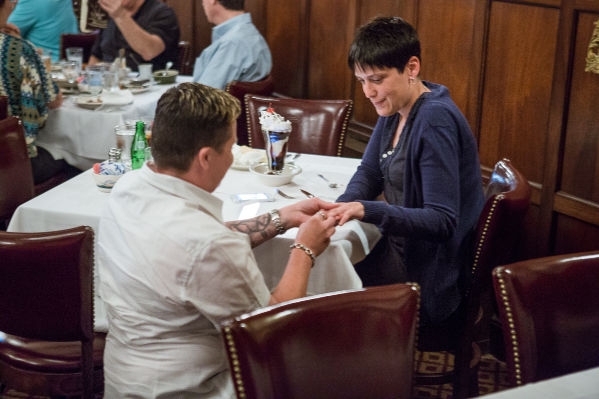 [Proposal at Peter Lugers Steakhouse]– photo[2]