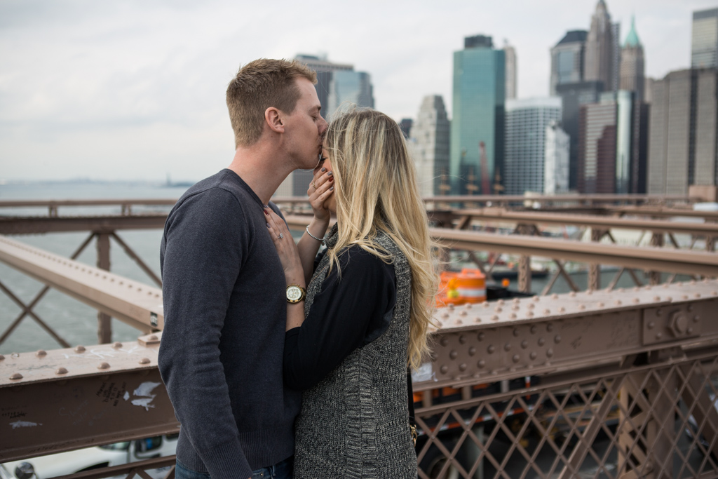 Photo 5 Surprise Wedding Proposal on Brooklyn Bridge. | VladLeto