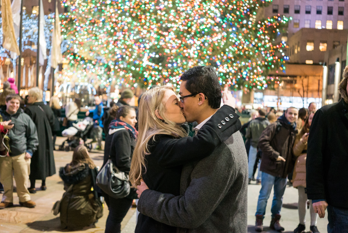 Photo 9 Christmas tree at Rockefeller Center secret proposal | VladLeto