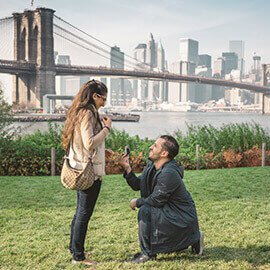 Dumbo marriage proposal with Brooklyn Bridge view