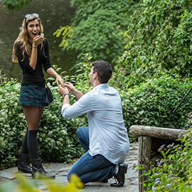 Proposal in Shakespeare Garden at Central Park