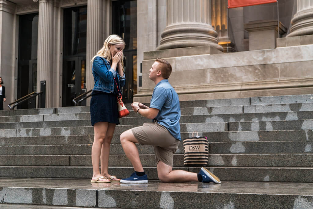 Photo 3 Marriage proposal in front Metropolitan museum. | VladLeto