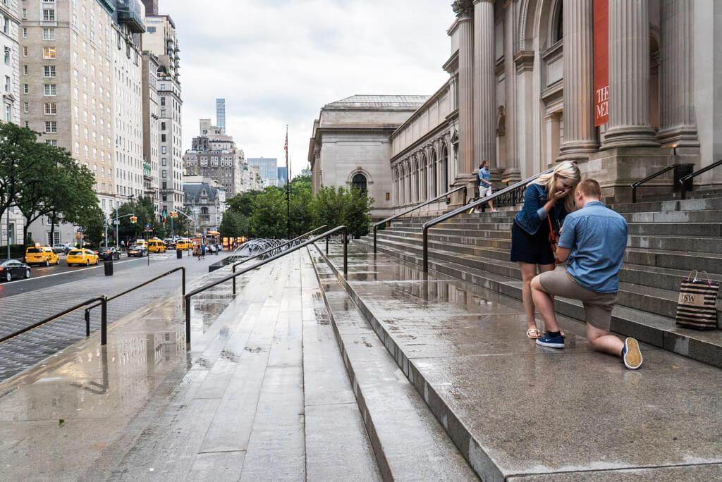 Photo 3 Marriage proposal in front Metropolitan museum. | VladLeto