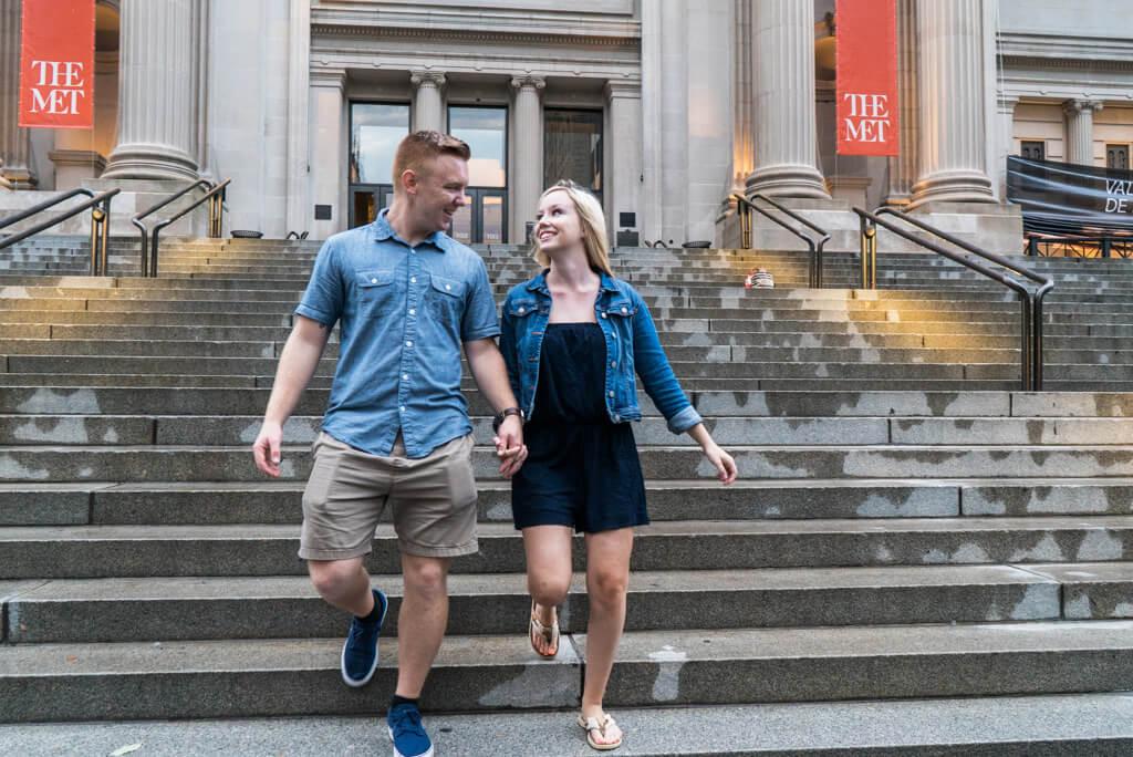 Photo 8 Marriage proposal in front Metropolitan museum. | VladLeto