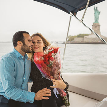 Photo Statue of Liberty boat proposal. | VladLeto