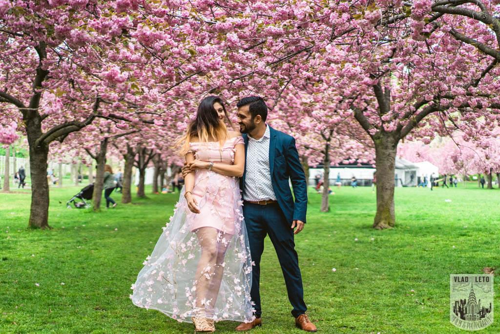 Photo 13 Cherry Blossom Marriage Proposal in Brooklyn Botanical Garden | VladLeto