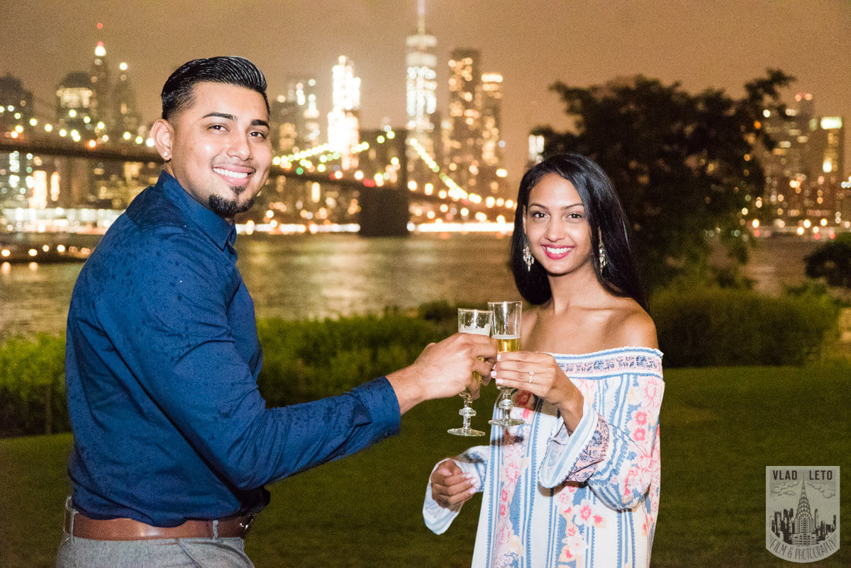 Photo 33 Brooklyn Bridge Picnic Proposal | VladLeto