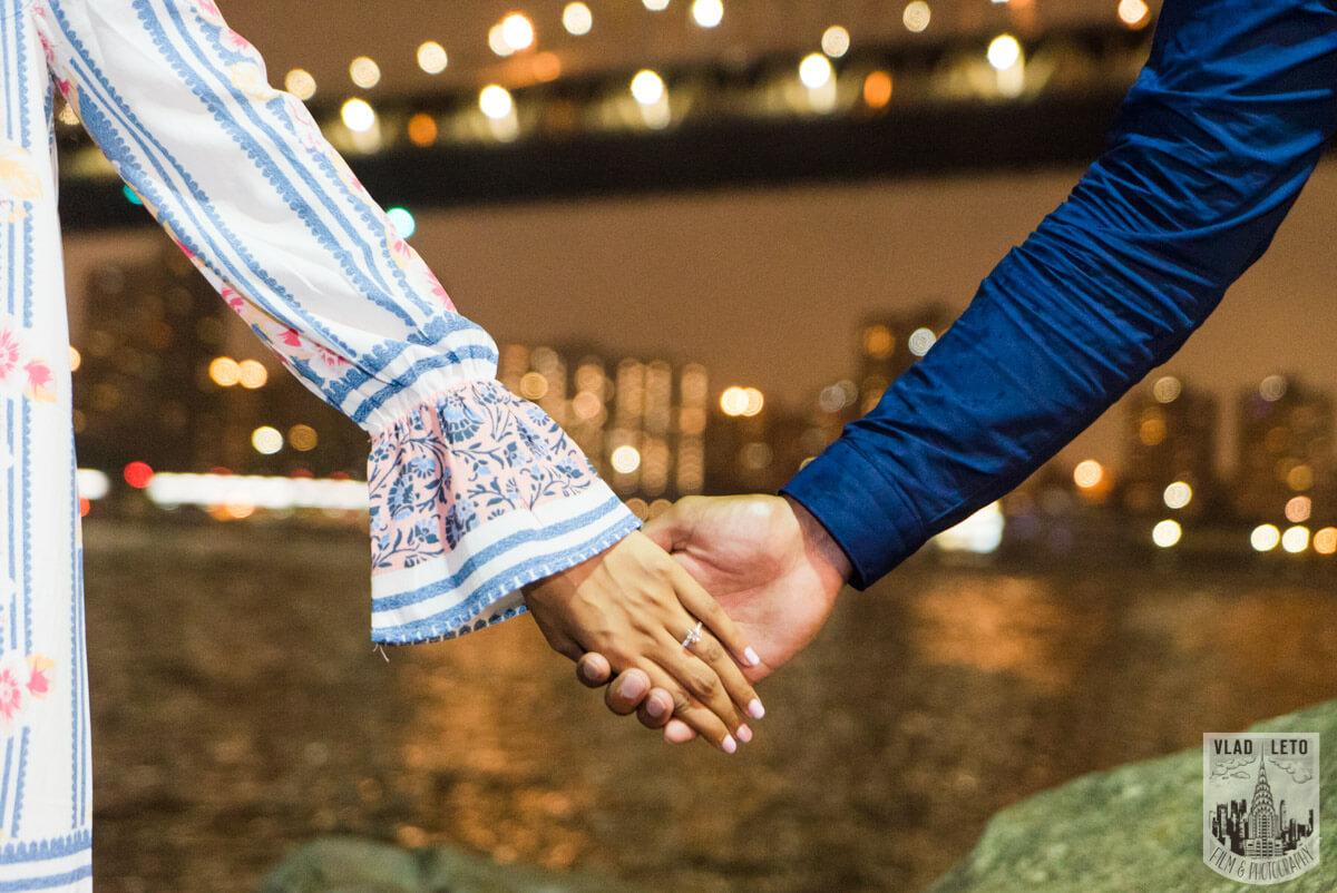 Photo 26 Brooklyn Bridge Picnic Proposal | VladLeto