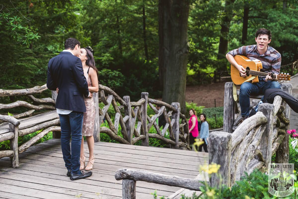 Photo Shakespeare Garden Marriage proposal 2 | VladLeto