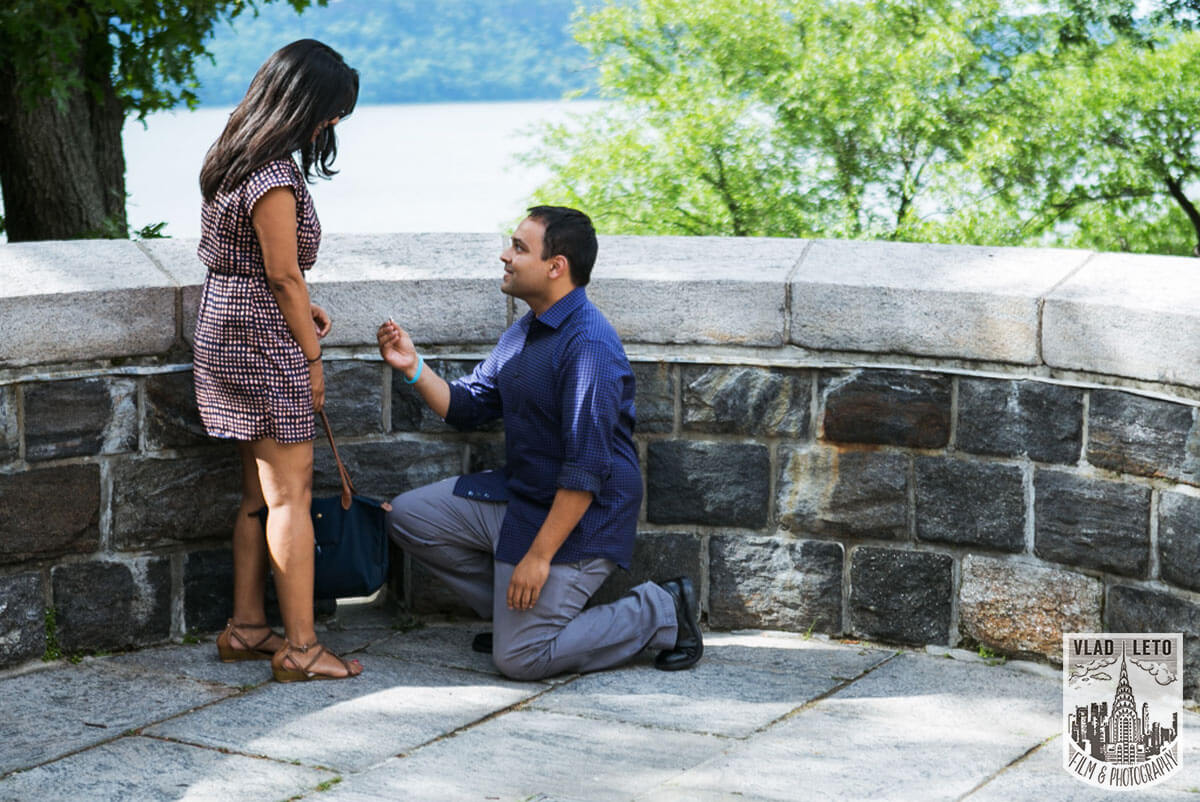 Photo 4 Best Places to Propose in NYC + Tips. | VladLeto