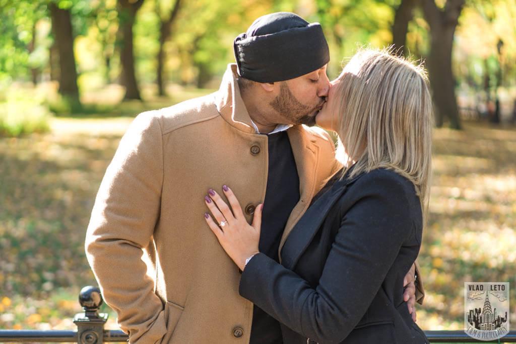 Photo 8 Bow Bridge Marriage proposal | VladLeto