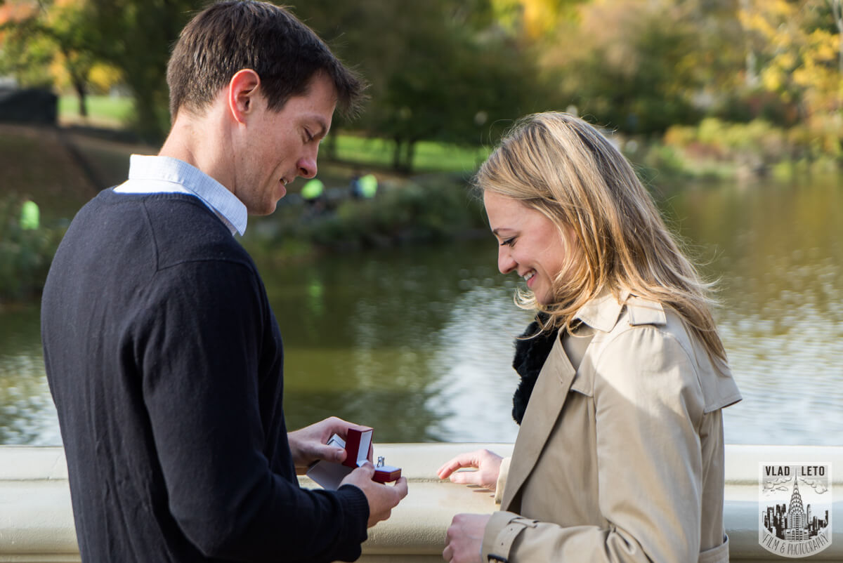 Bowbridge Surprise Wedding proposal, photographer Vlad Leto