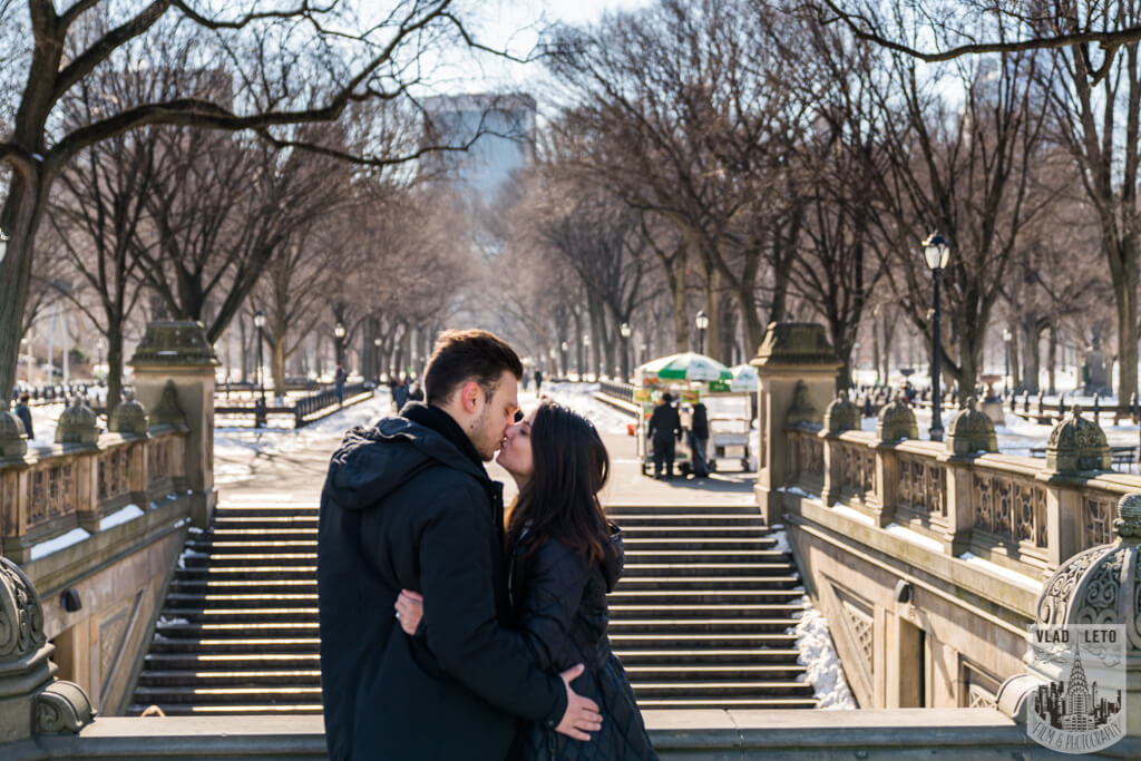 Photo 9 Marriage proposal under Gapstow bridge | VladLeto