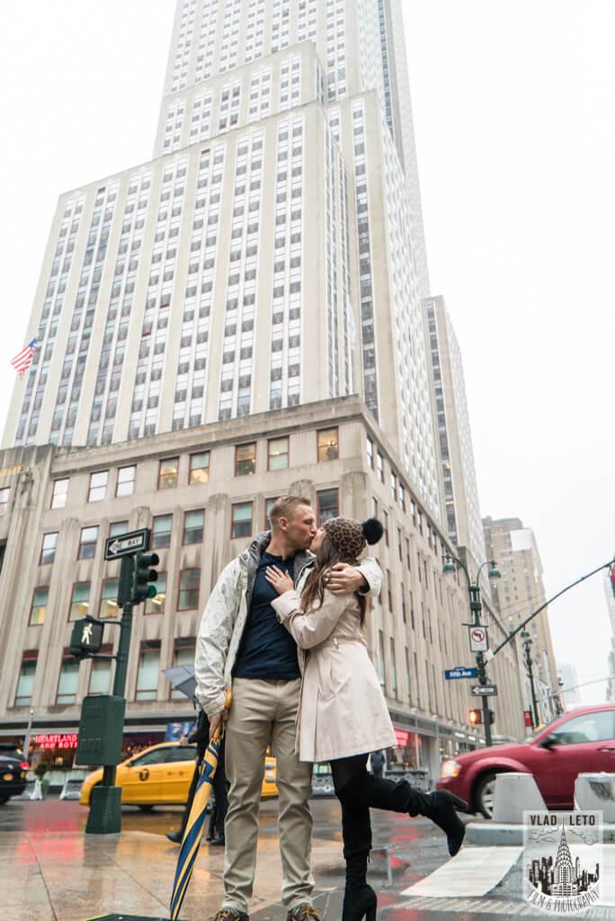 Photo 19 Foggy day Empire State building proposal | VladLeto