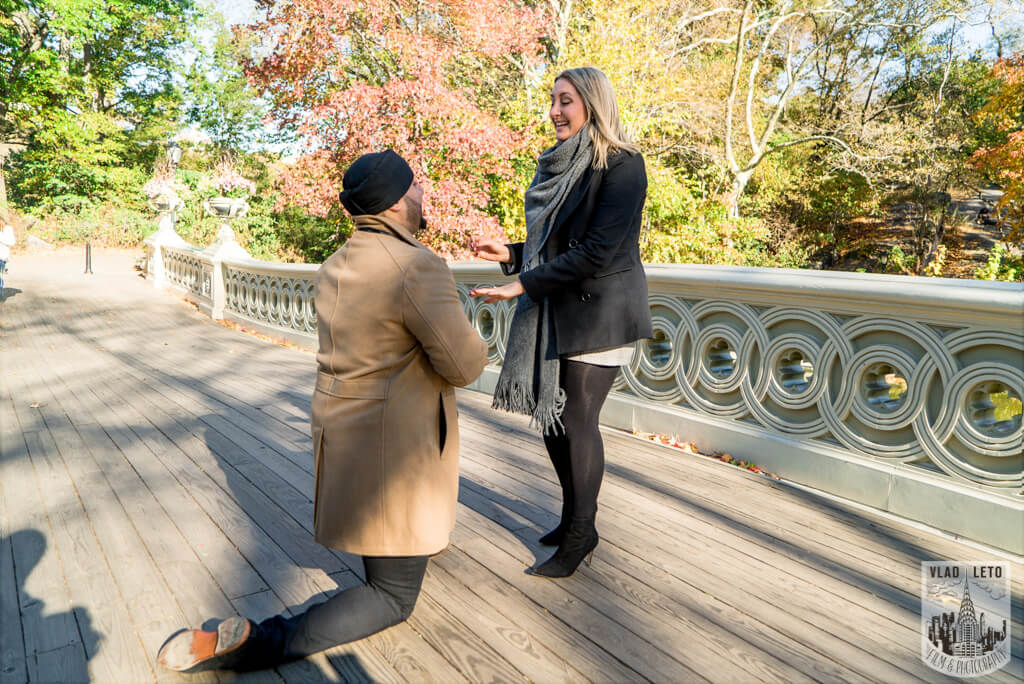 Photo 6 How he Asked featured Proposal story from Central Park | VladLeto