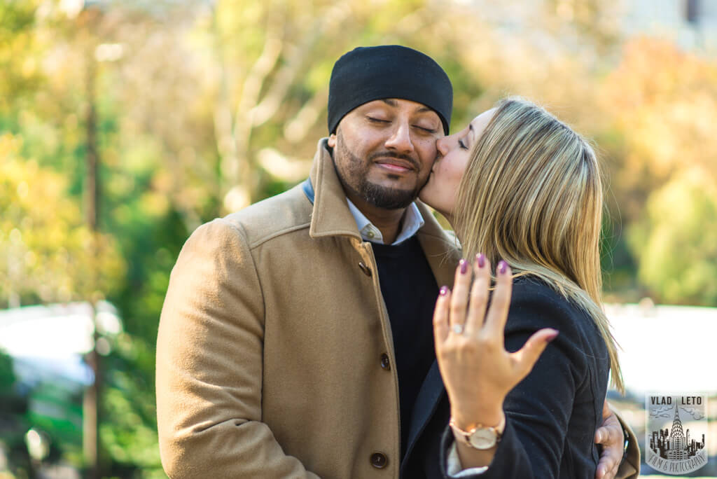 Photo 7 How he Asked featured Proposal story from Central Park   VladLeto