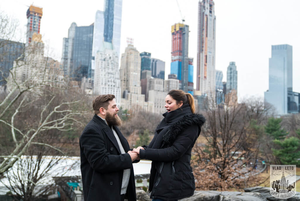 Photo 5 Cats Rock Proposal in Central Park | VladLeto