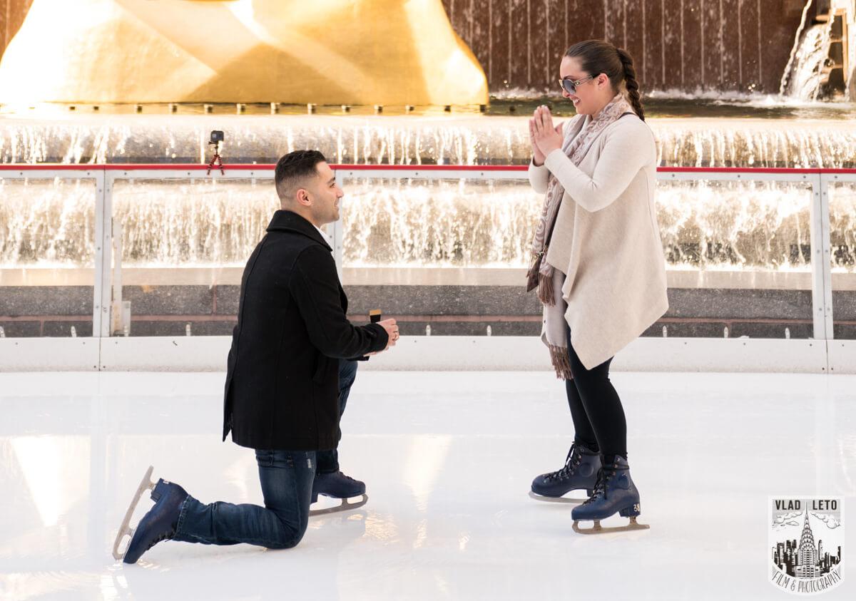 Photo Proposal at the Rink at Rockefeller Center | VladLeto