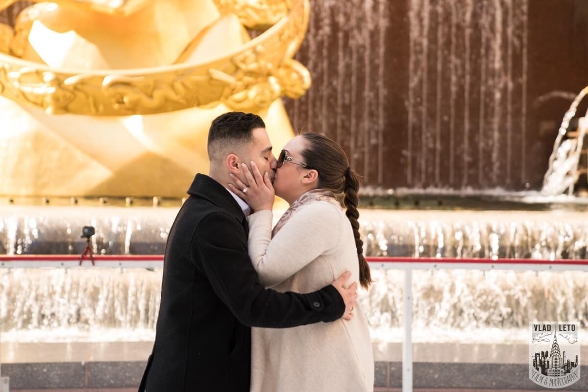Photo 5 Proposal at the Rink at Rockefeller Center | VladLeto