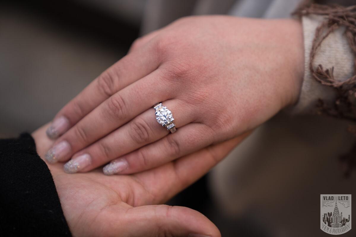Photo 10 Proposal at the Rink at Rockefeller Center | VladLeto