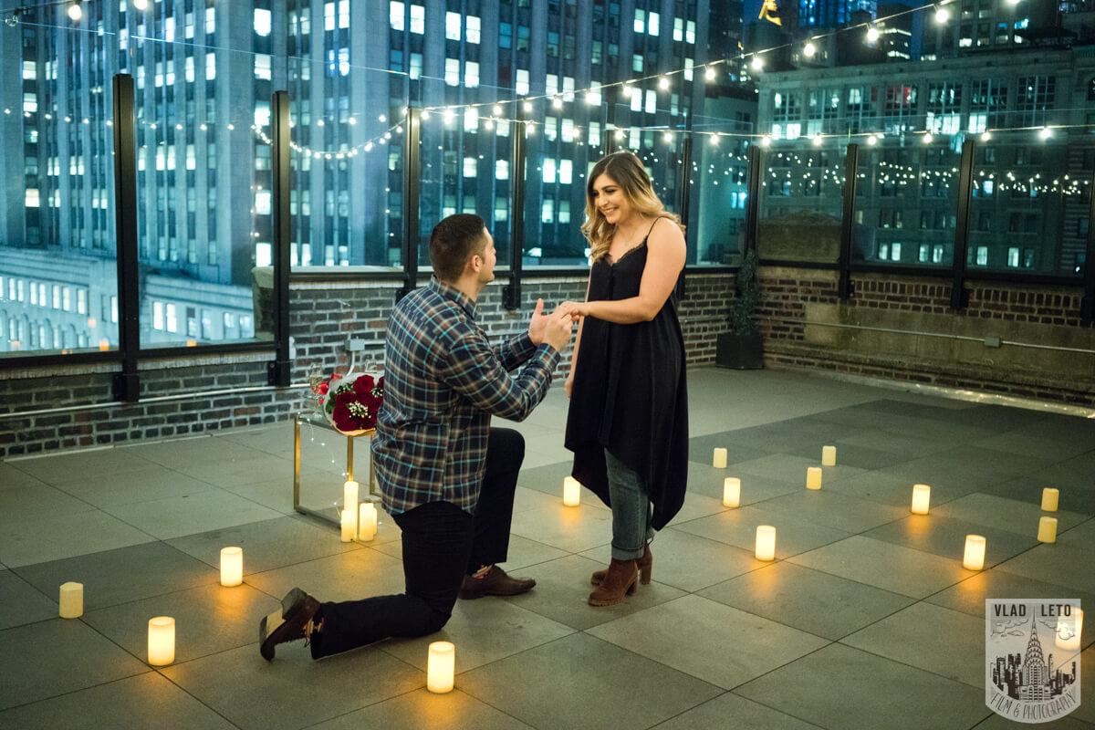 Photo Empire state building view Surprise Marriage Proposal | VladLeto