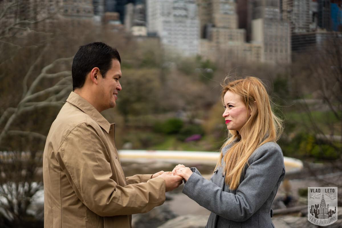 Photo 7 Proposal in Central Park | VladLeto